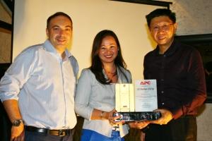 MSI-ECS bags APC Distributor of the Year Award for 2012
